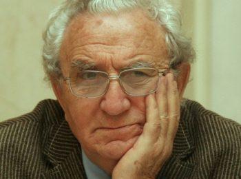 АНЖЕЛ ВАГЕНЩАЙН на 95 години